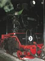 Selketalbahn/82163/99-6001-am-abend-in-stiege 99 6001 am Abend in Stiege, Dezember 2009